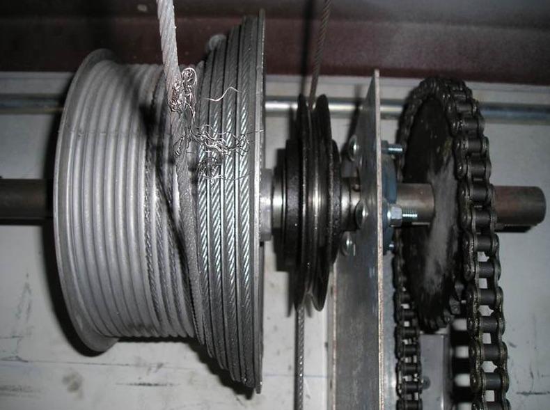 garage-door-repair-nanaimo-alpha-doors-broken-cable