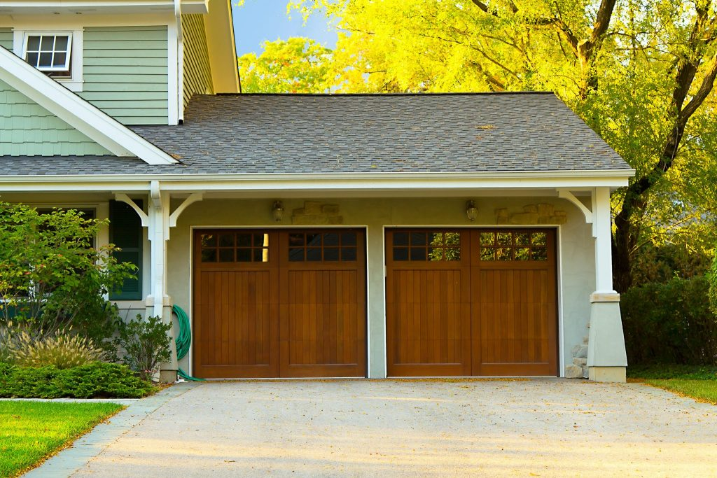 Garage and Garage Door Installation in Nanaimo BC: Should You Consider it?